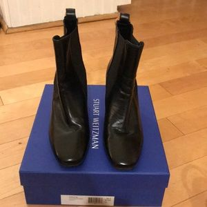 Basically new Stuart Weitzman boots
